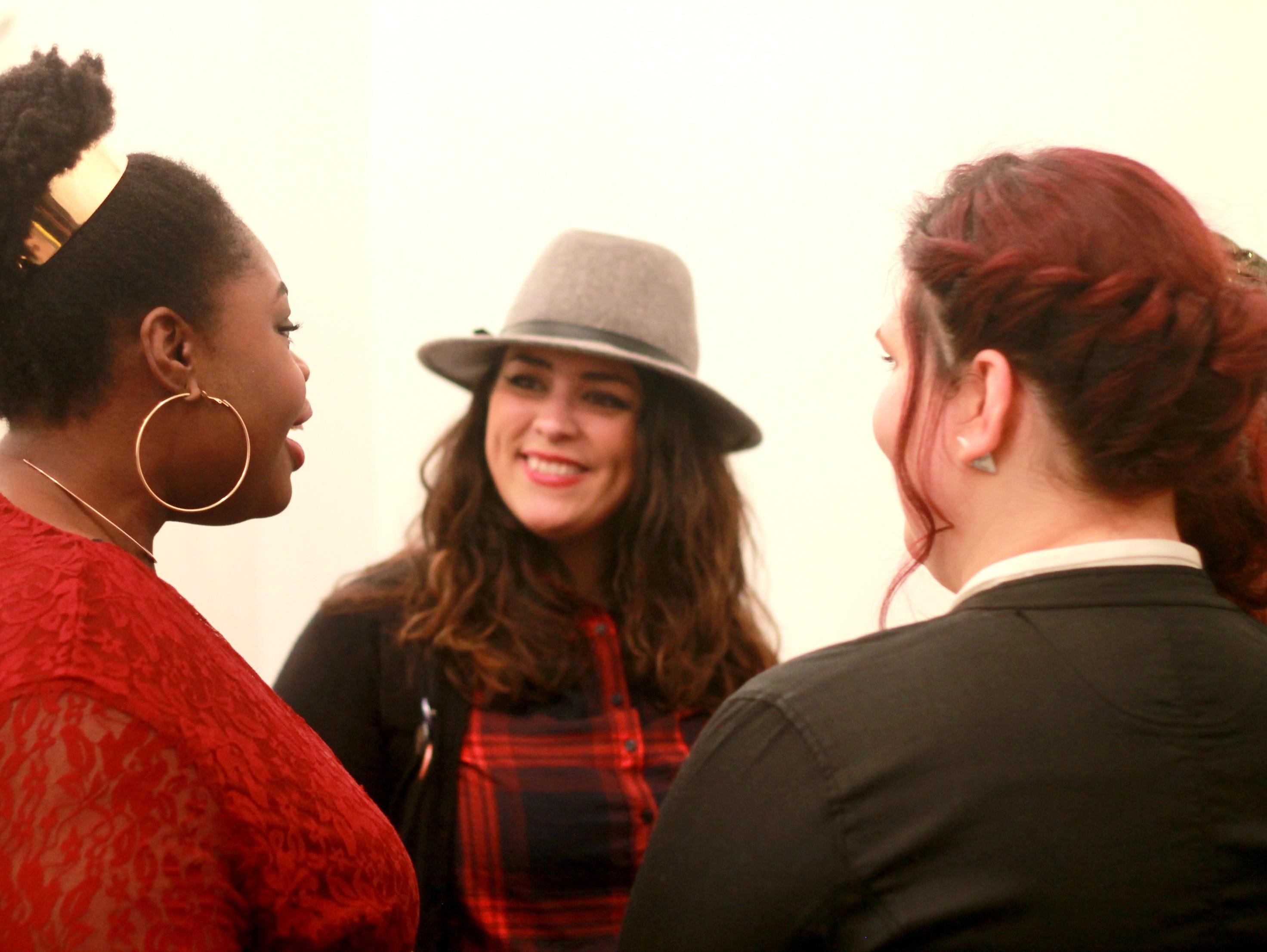Discussions avec Aurélie et Ninah